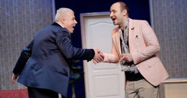 """Trei comedii în aer liber, la final de vară, de la Teatrul Satiricus """"I.L.caragiale"""". Rezervă bilete acum!"""