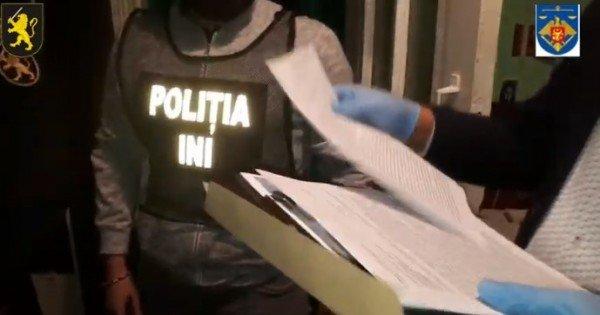 /VIDEO/ Membrii unei grupări criminale, reținuți. Indivizii șantajau proprietarii unui magazin din Cahul