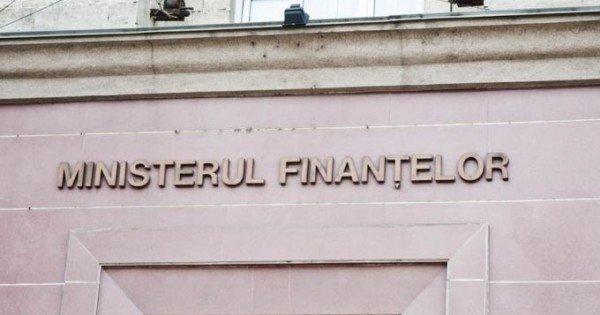 Ministerul Finanțelor: Știrea despre impozitarea coletelor din diasporă este falsă