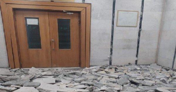 /FOTO/ Sediul Centru al Judecătoriei Chișinău, transformat în șantier. Magistrații se plâng că nu au fost anunțați prealabil