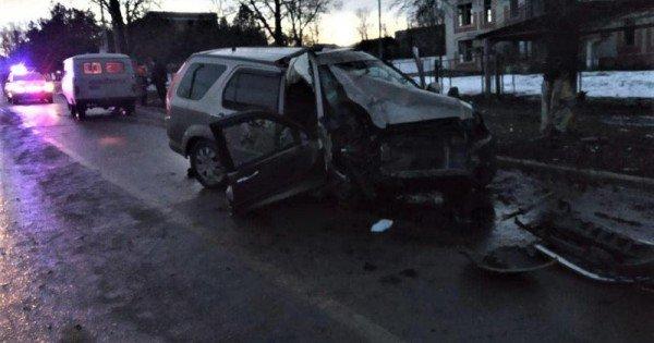 Un nou accident fatal, cu un polițist la volan: Pasagerul a murit pe loc // FOTO
