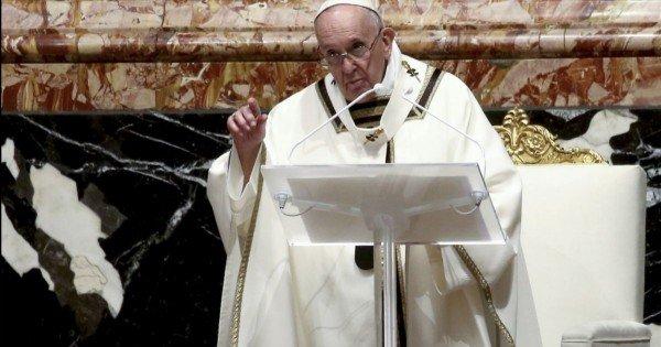 Papa Francisc cere instituţiilor financiare internaţionale să reducă datoriile ţărilor sărace