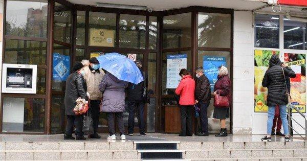 Ce urmează după decizia Curții Constituționale și când ar putea avea loc anticipate în Republica Moldova