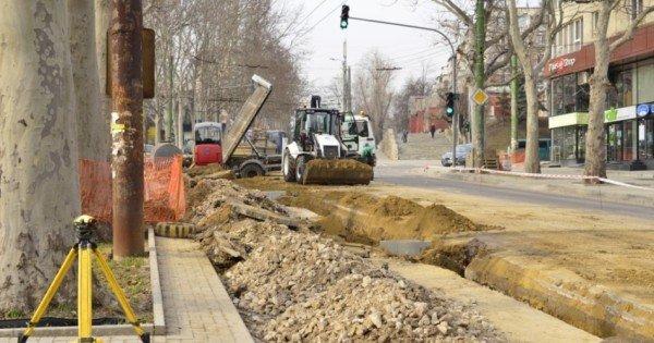 Se suspendă total traficul rutier pe strada Ion Creangă, tronsonul cuprins între străzile V. Belinski și E. Coca, în ambele direcții
