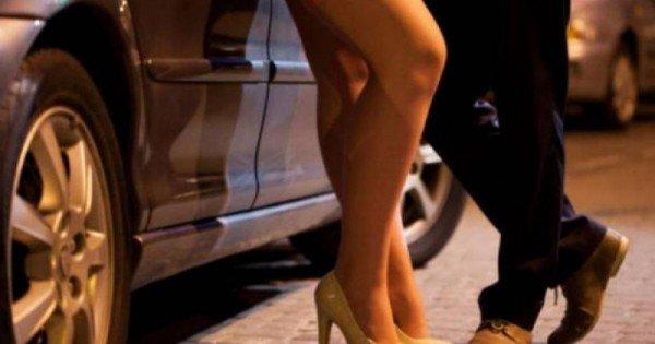 """Rețea de prostituție cu tinere moldovence în Franța: """"Afacerea"""" aducea un venit zilnic de până la 1400 de euro de la fiecare fată"""