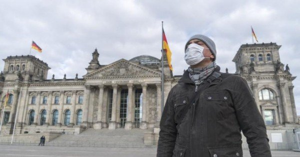 Guvernul Germaniei ridică restricțiile pentru persoanele care s-au vaccinat împotriva COVID-19