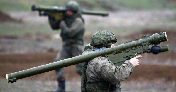 Rusia a transferat în Crimeea peste 20.000 de militari din trupele speciale, sub pretextul luptei cu inundaţiile