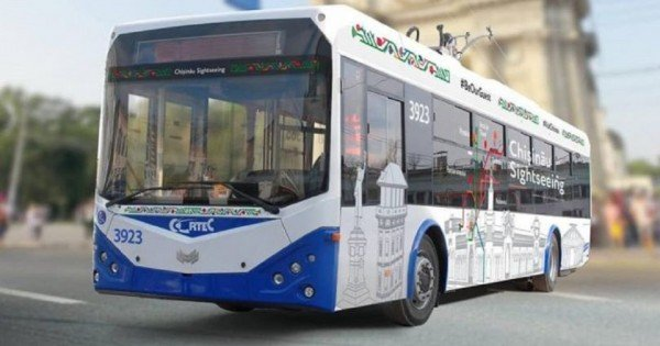 Călătoria cu troleibuzul turistic în Chișinău va costa 30 de lei