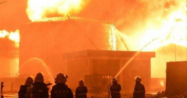 Ce spune Agenția de Mediu despre eventualele pericole după explozia de la o uzină din Ucraina