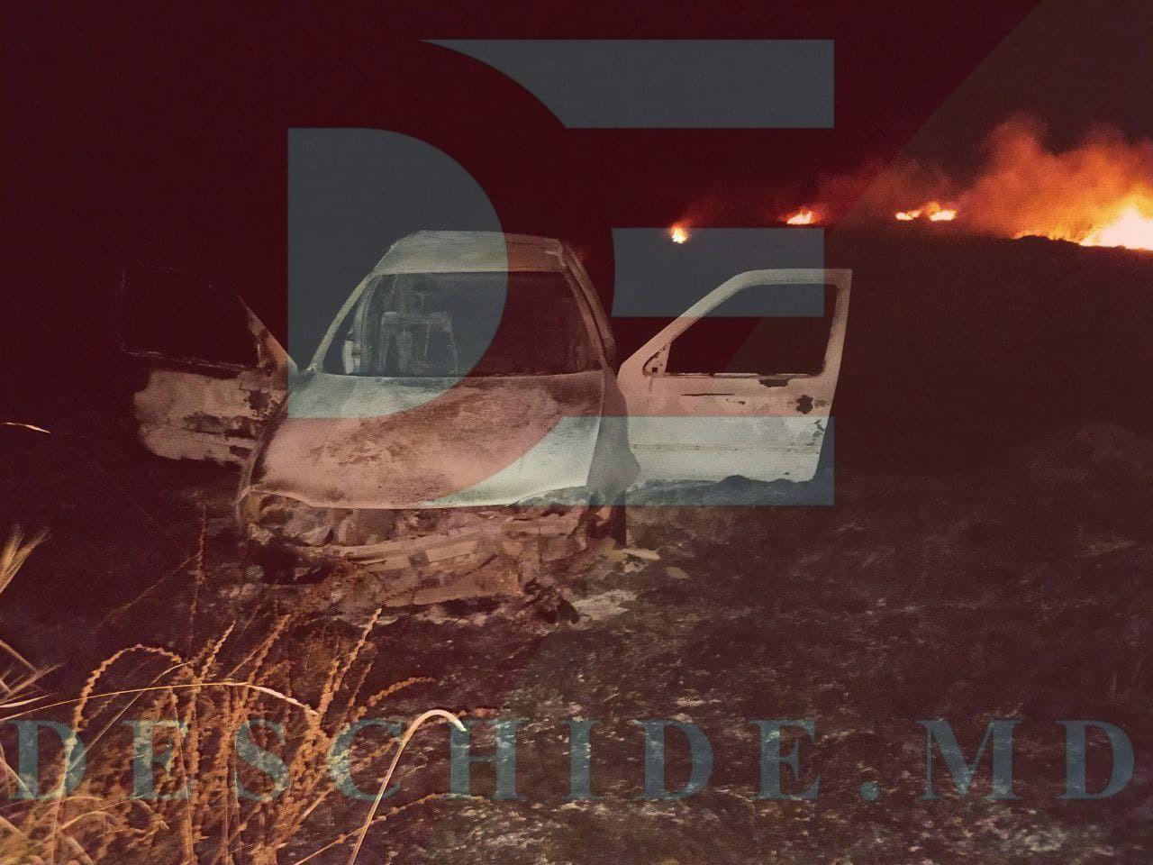 FOTO // Grav accident, la Orhei. O mașină a ars ca o torță, doi pasageri au ajuns la spital